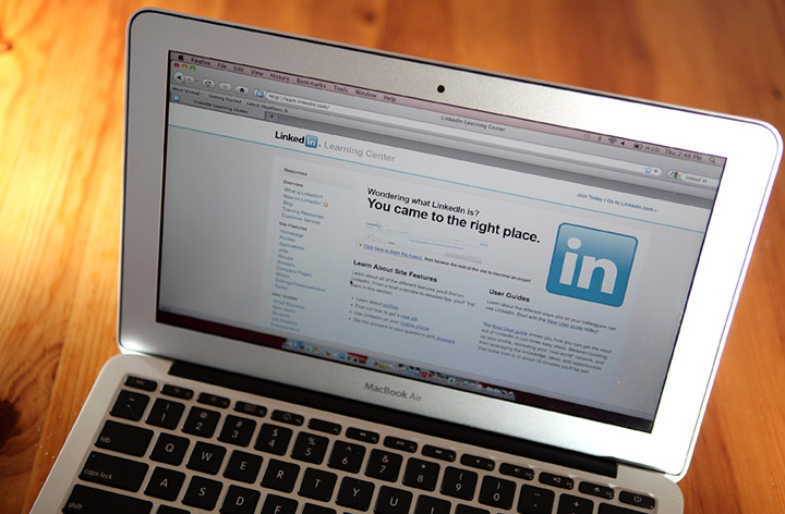 Our Guide to an Awesome LinkedIn Profile Photo